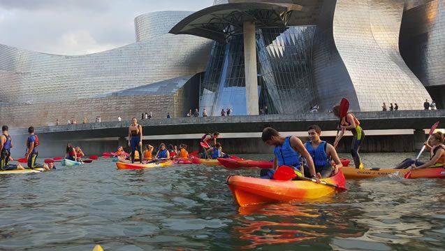 Bilbobentura - Despedidas - Museo Guggenheim 3
