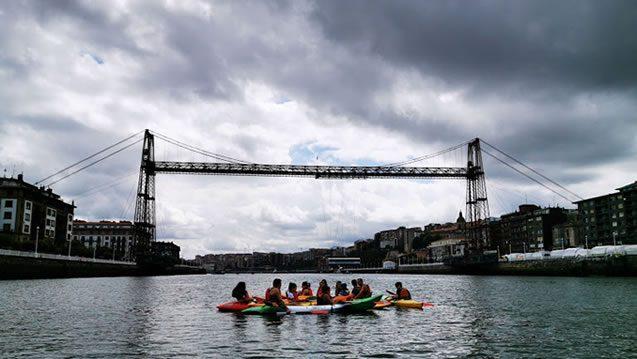 Bilbobentura - Piragua -Travesía Puente Colgante-Bilbao - Portugalete